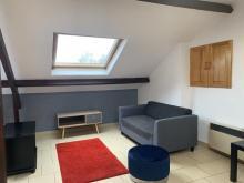 3 bis pl de l Esplanade-Studio-studio avec un lit double esprit loft