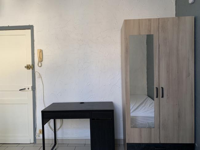 StudioaucalmeprochegareSNCFetcentreville-Residence-3ruedelabbeSenez-Studio