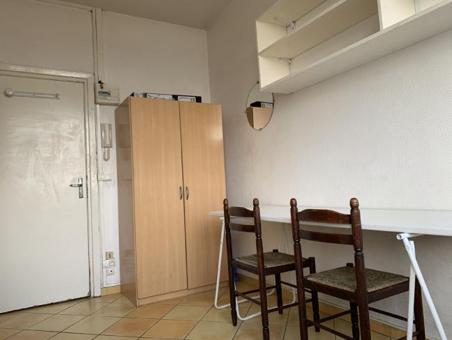 StudetteidealementsitueesurlaPlaceDArmesfaceaucentrecommerical-Residence-5343pldarmes-Studette