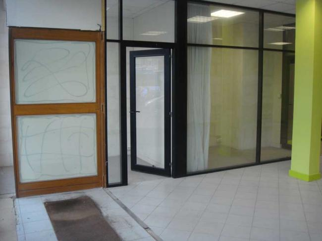 LocationlocalcommercialVitrineValencienneshypercentre-Bureau-17plduHainaut-LocationBureauValenciennes