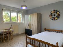 Residence-10 ter av Villars-Grand studio face au lycé du Hainaut ! Charges comprises