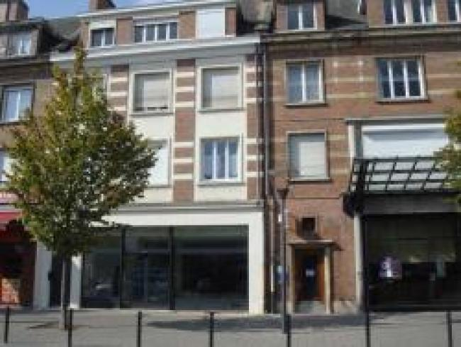 LocationlocalcommercialVitrineValencienneshypercentre-Residence-17plduHainaut-Bureau