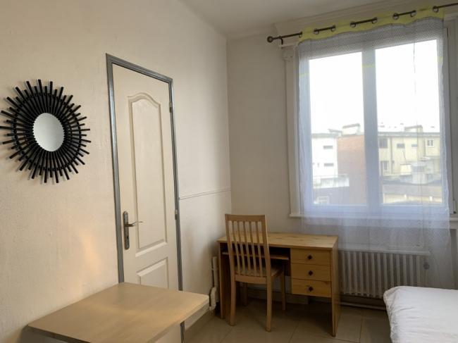 Studioenhypercentrecotecour-Residence-17plduHainaut-Studio