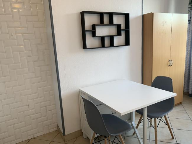 Studioenhypercentrechauffagecompris-Residence-1plduHainaut-Studio