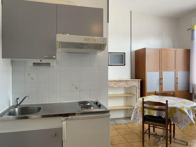 3minutesapieddeluniversitedesTertialesDUTTCGEADROIT-Residence-25avdesAllies-Studio