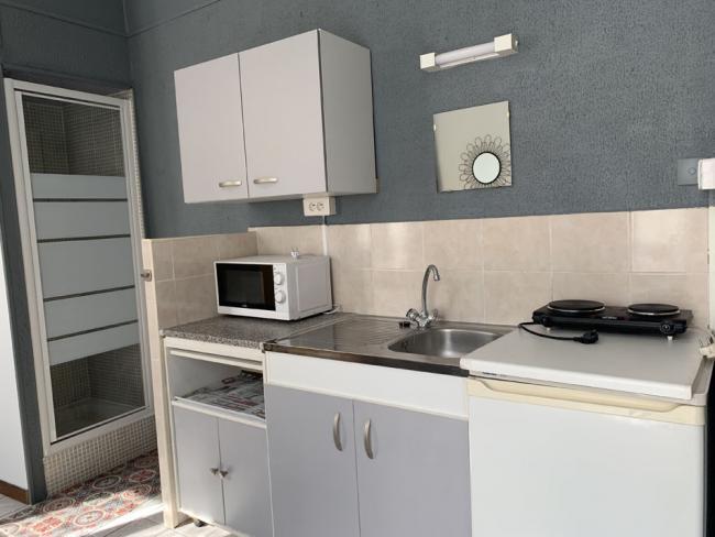PetitsprixIdealetudiantprepaWallon-Residence-2quaterruedelabbeSenez-Studio