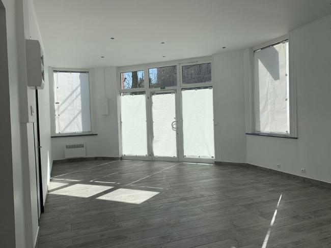 LOCALCOMMERCIALPROCHEGARESNCFETCENTRE-Residence-606bdHarpignies-Bureau