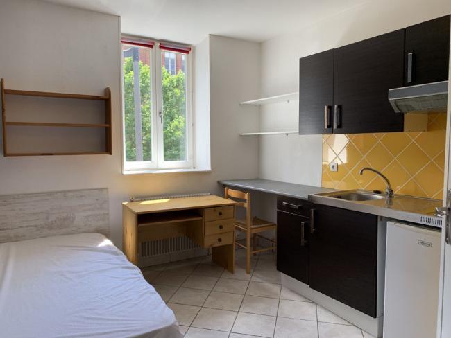 StudiofaceaulyceeWallon-Residence-654bdHarpignies-Studio