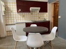Residence-81 rue de Paris-Petite maison : T2 en Hyper Centre
