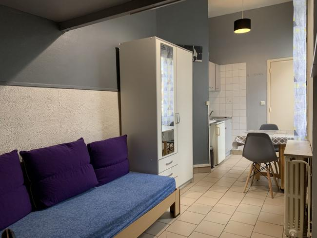 StudiomeubleValenciennesadeuxpasdelagareSNCFetcentreville-Residence-8avdusenateurGirard-T1bis